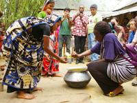 【事務局長会議2012】バングラデシュの食育事業からヒントを得て