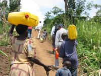 ウガンダ農村部のアップダウン