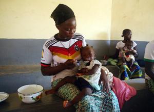 ブルキナファソ乳幼児と妊産婦対象の栄養改善
